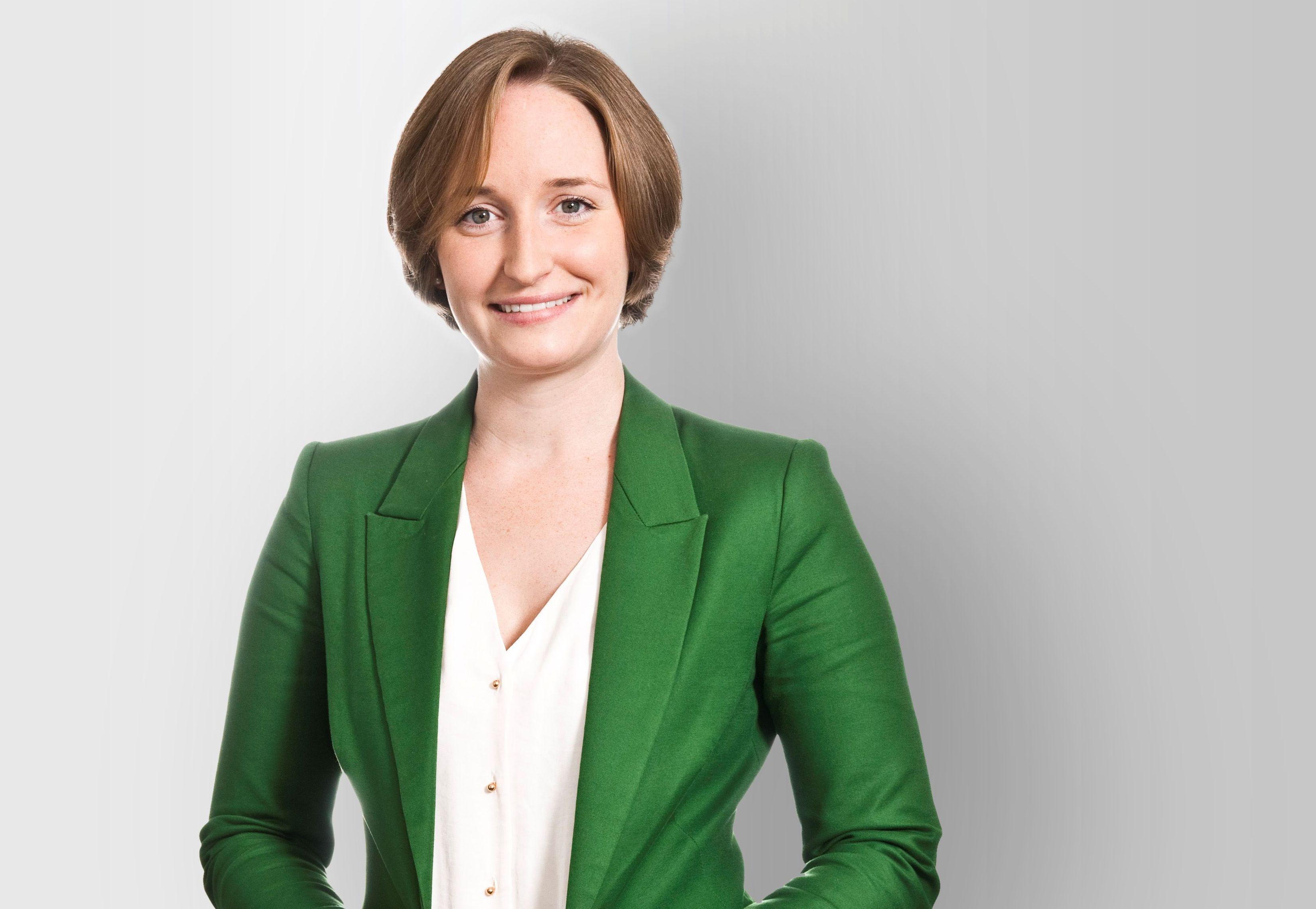 Lisa Theobald